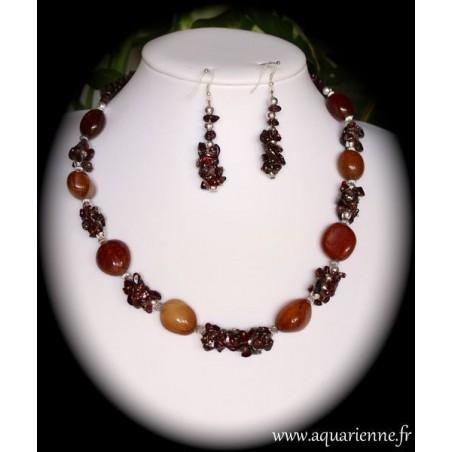 Parure collier et boucles d'oreilles Sardoine et Grenat, collection Bonne Fortune