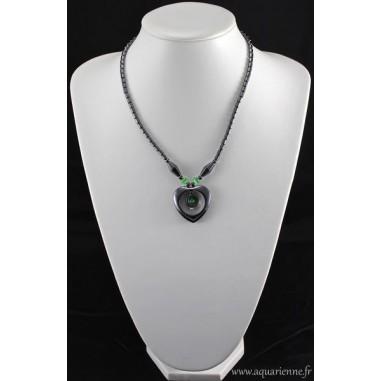 Collier Cœur Hématite avec perles Œil de chat vert émeraude