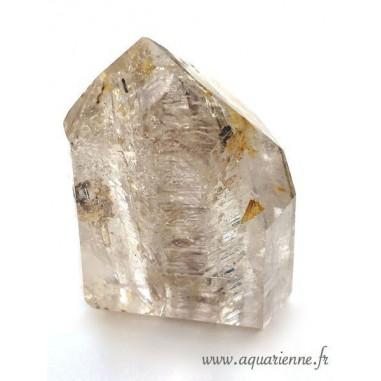Pointe Cristal de Roche à Fantômes avec inclusions de Goethite