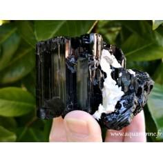 Tourmaline noire de Madagascar pierre brute