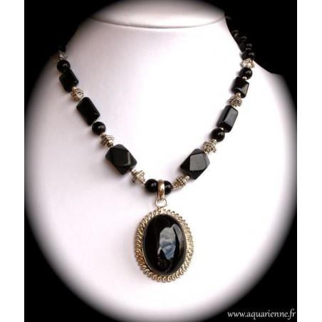 Collier Pendentif en Onyx Noir